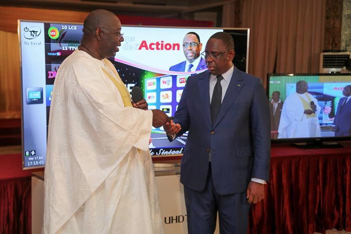 TNT au Senegal - Le President Macky SALL donne le Top Depart 1