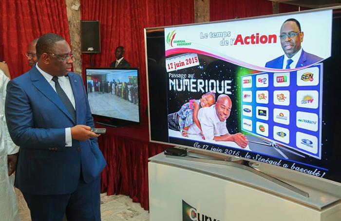 TNT au Senegal - Le President Macky SALL donne le Top Depart 5